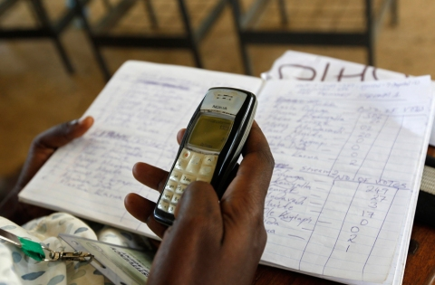 Tallying election results with the aid of cellphones in Kenya