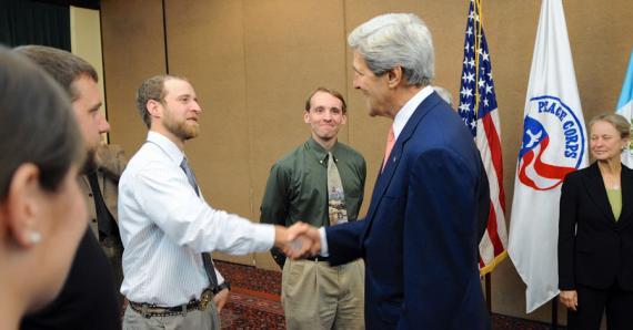 U.S. Secretary of State John Kerry swears in new Peace Corps Volunteers in Antigua, Guatemala, on June 6, 2013. (Credit: State Department, Public Domain)
